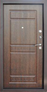 Входная дверь в квартиру «Брест»