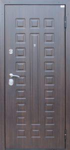 Входная дверь в квартиру «Катунь»